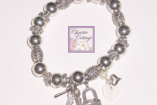 Key to Unlock My Heart Charm Bracelet Stretch