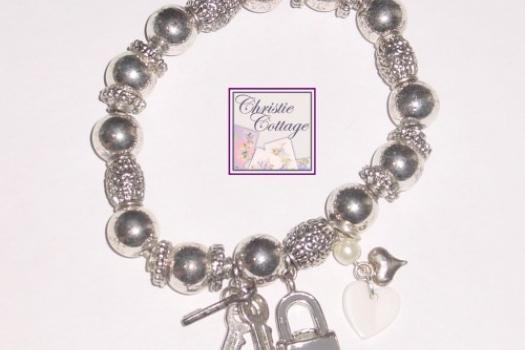 Key to Unlock My Heart Charm Bracelet Stretch